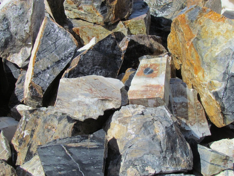 Picasso marble t rocks in quartzsite
