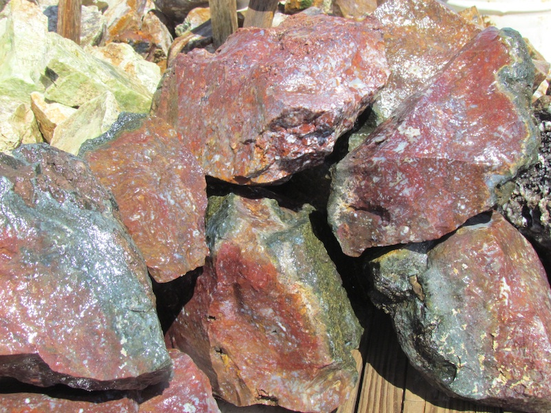 Red Amp Green Moss Agate T Rocks In Quartzsite