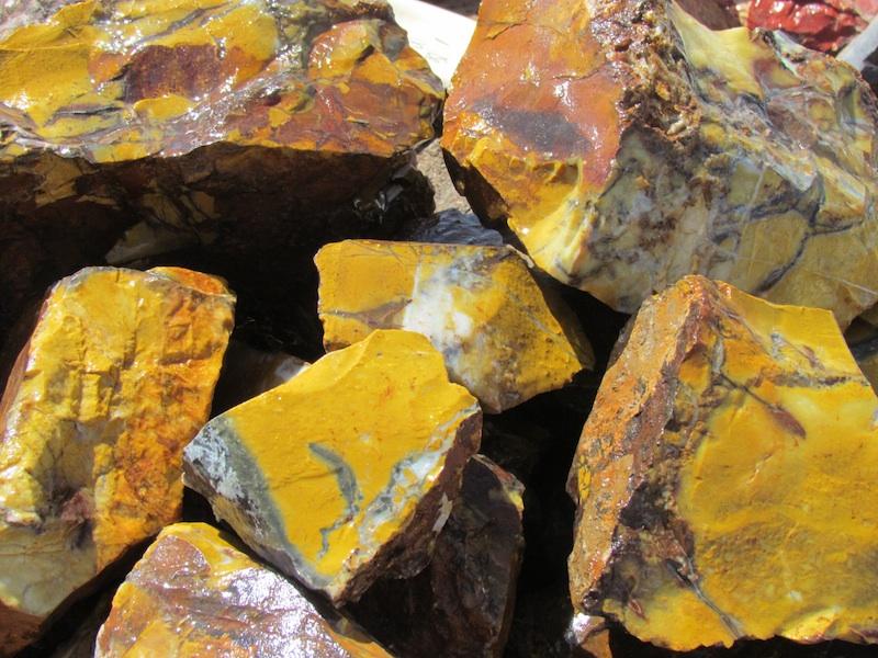 Yellow jasper t rocks in quartzsite